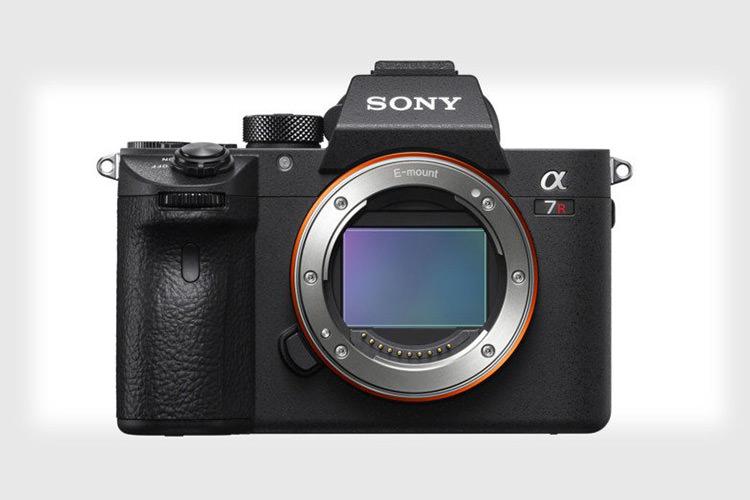 دوربین عکاسی سونی a7R III معرفی شد؛ سنسور ۴۲ مگاپیکسلی و لرزشگیره پنج محوره