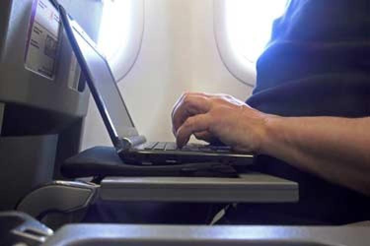 تجهیز هواپیمایی امارات به اینترنت وای.فای