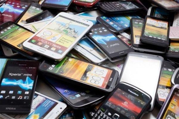 نیاز بازار ایران به ۱۲ میلیون گوشی/ افزایش ۸۹ درصدی واردات موبایل