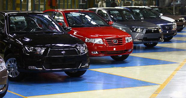 پیش فروش خودرو در ایران به یک معضل تبدیل شده است؛ کاسبی شرکتها با پول مردم