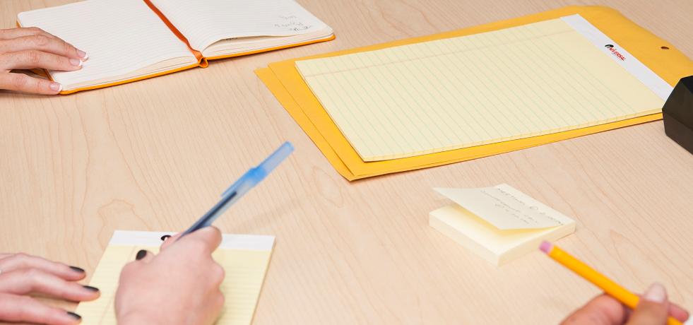 استفاده از یادداشت برداری برای عمیق تر کردن رابطه با مشتری