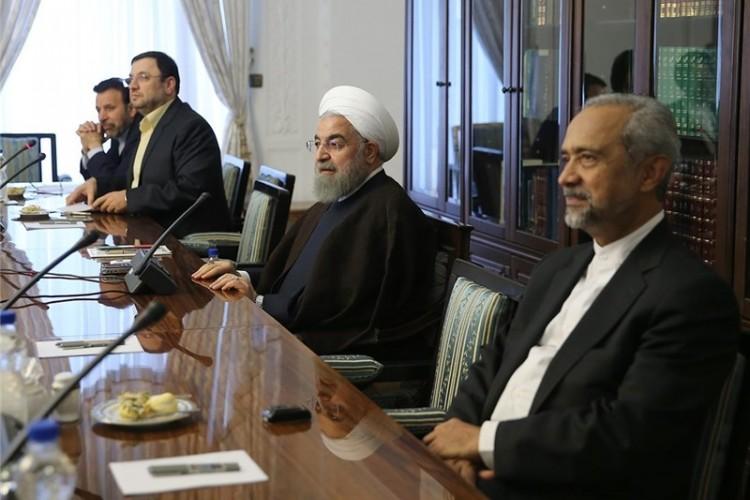 روحانی: شکاف نسلها در نتیجه عدم درک درست از تحولات دنیای مجازی