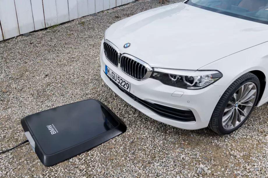 شرکت BMW پدهای شارژ بی سیم خود را وارد امریکا می کند