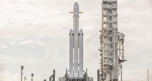 پخش زنده و تماشای آنلاین پرتاب قوی ترین موشک اسپیس ایکس به فضا