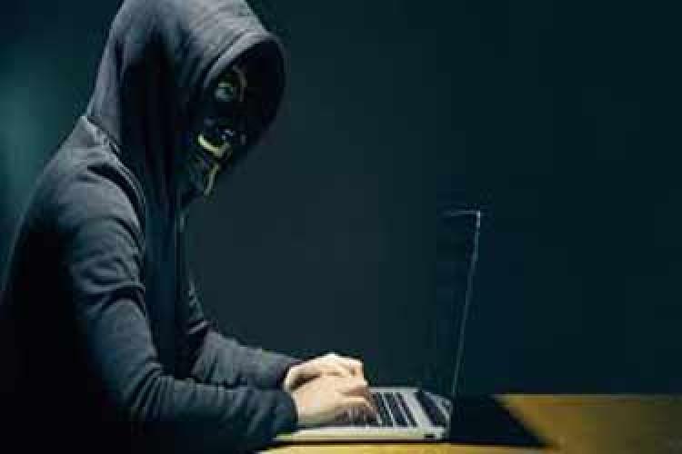 سواستفاده هکرها از باگ مکبوک