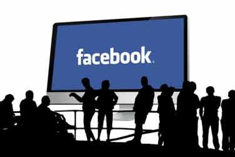 فیسبوک با تبلیغات سیاسی چه میکند؟