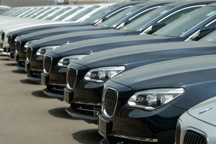 واردات غیر قانونی ۶۴۰۰ دستگاه خودرو تأیید شد