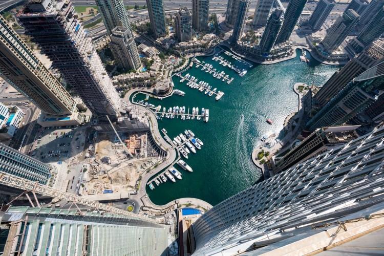 سهولت تجارت و سرمایهگذاری در دبی با استفاده از بلاکچین
