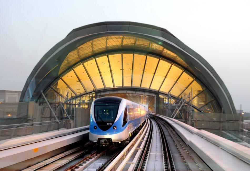 راهکارهایی برای داشتن سفر ارزان به شهر دبی که باید بدانید