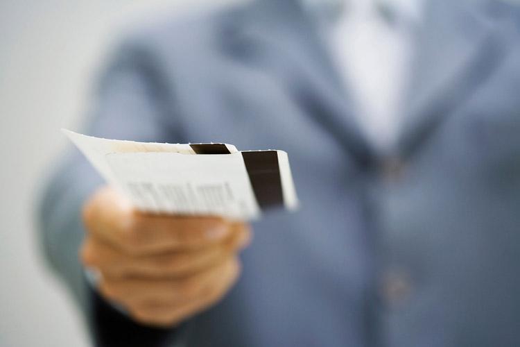 انتقاد عضو هیات عامل سازمان فناوری اطلاعات از فیلتر سایتهای فروش بلیت هواپیما