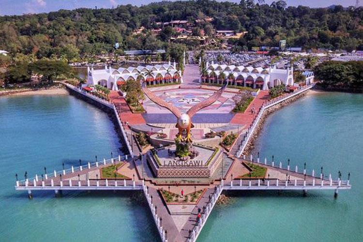 مهمترین نکاتی که باید از تور مالزی بدانید
