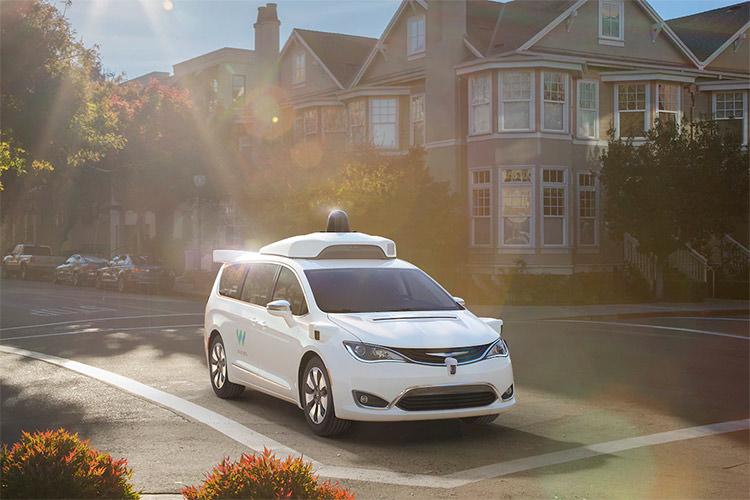سرویس خودروی خودران تجاری ویمو راهاندازی شد