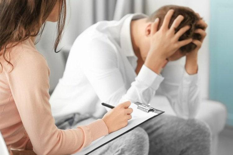 شباهت عوارض افسردگی و اضطراب با عوارض سیگار و چاقی