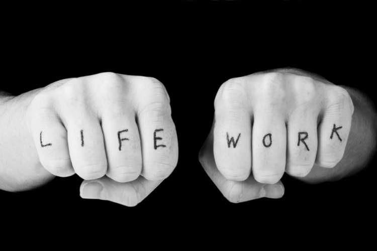 تعادل کار و زندگی یک افسانه غیرقابل دستیابی است