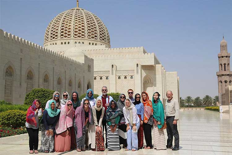 راهنمای جامع ویزای عمان