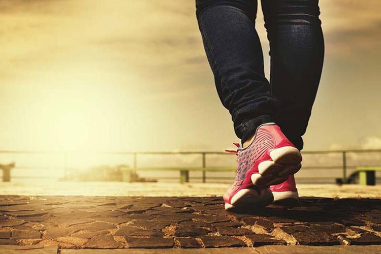 ترکیب ورزش و اجتناب از نشستن طولانی، راهکاری برای کنترل فشار خون بالا