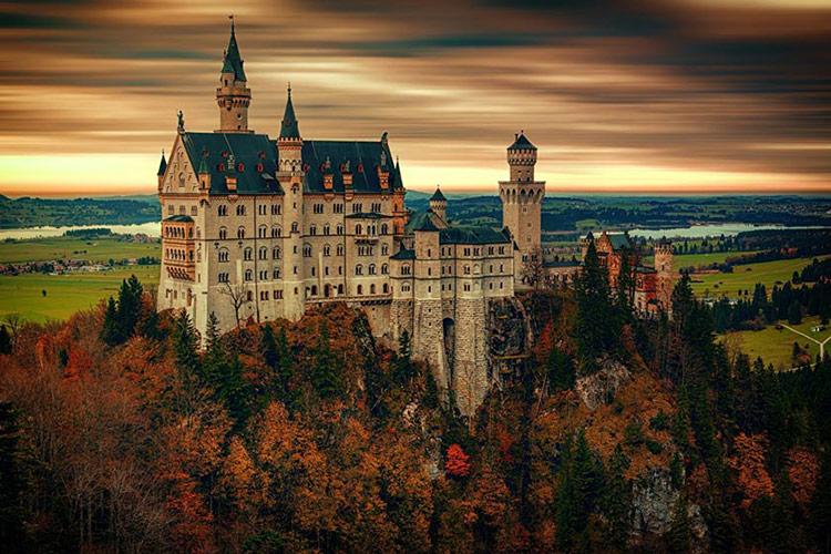 قلعه های زیبای دنیا که ارزش سفر کردن را دارند