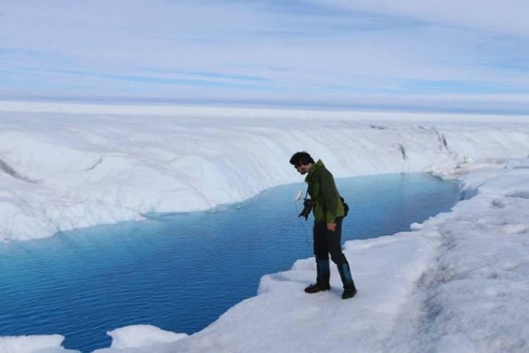 صفحه یخی گرینلند با سرعتی فراتر از انتظار در حال ذوب شدن است